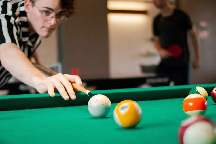 camelot-q-sports-get-into-cue-sports