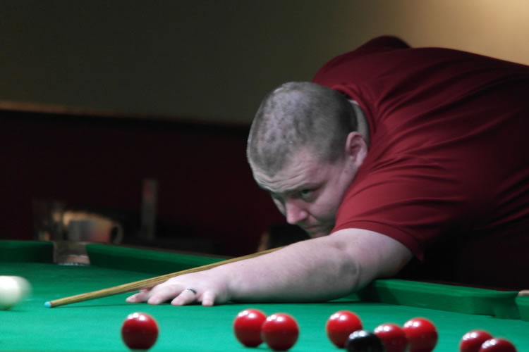 camelot-q-sports-snooker-player-andy-symons